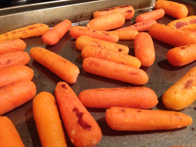 Roasted Baby Carrots with Garlic